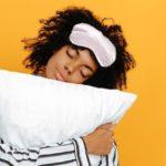 Los expertos dicen que no por ser mayor se duerme mal | Vida y Salud